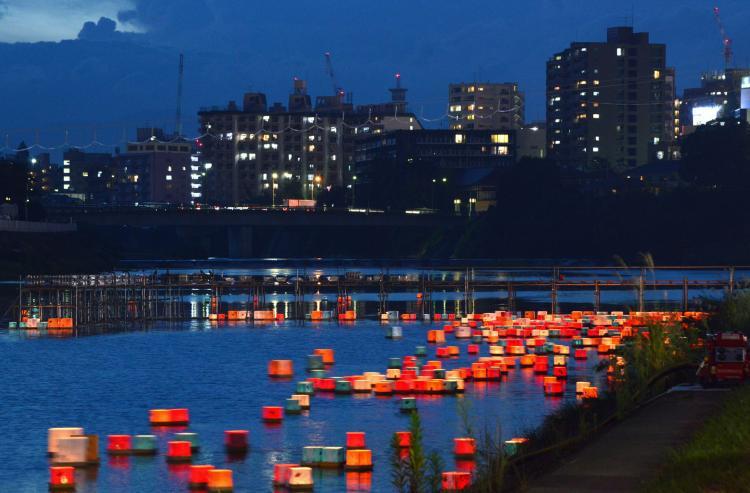 広瀬川灯ろう流し
