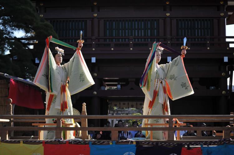 舞楽祭(笠間稲荷神社)