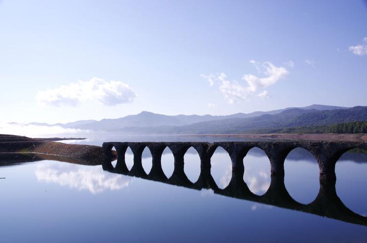 タウシュベツ橋梁(糠平湖)
