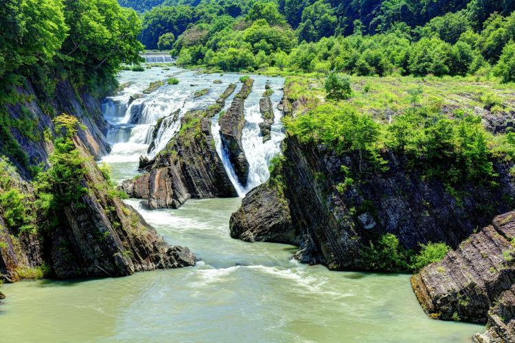 千鳥ヶ滝(滝の上公園)