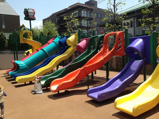 さくら坂公園(通称ロボット公園)