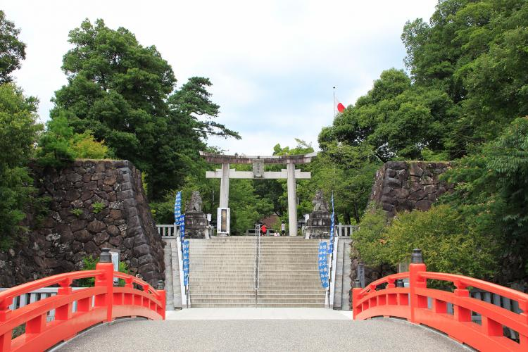 武田神社(躑躅ヶ崎館)