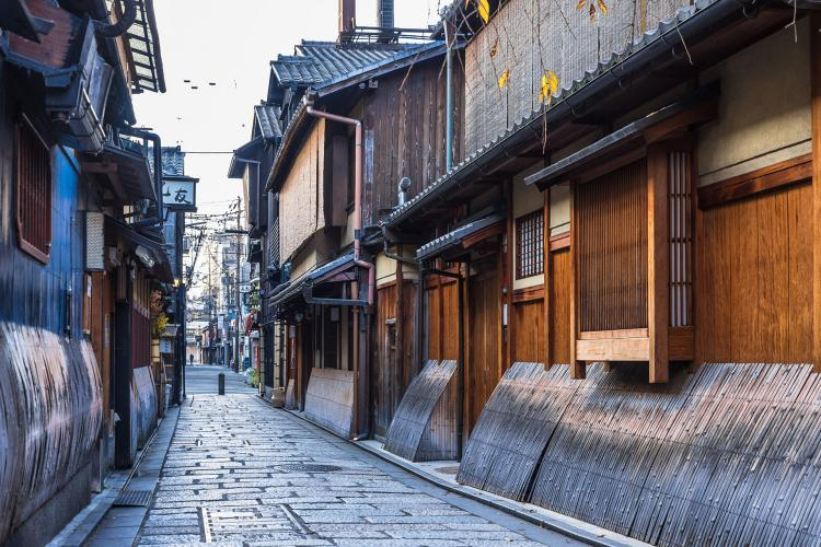 祇園新橋伝統的建造物群保存地区