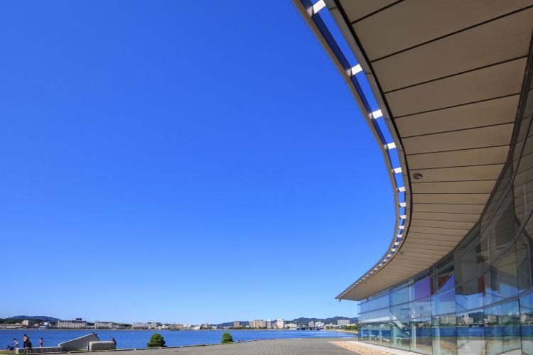 島根県立美術館