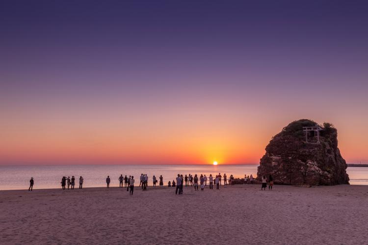 稲佐の浜(弁天島)