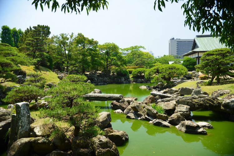 千秋閣庭園(旧徳島城表御殿庭園)