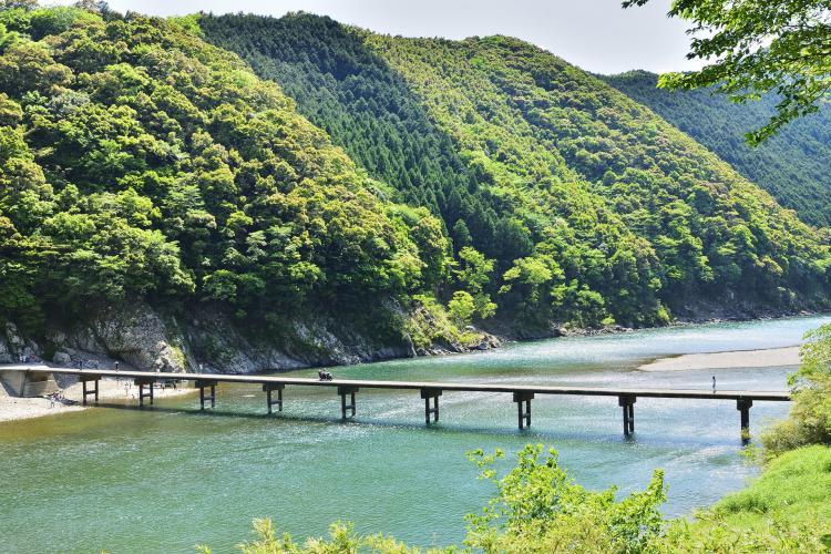 岩間沈下橋(四万十川)